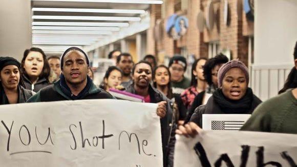 #BlackLivesMatter demonstration at Dartmouth College (Photo by Zuff Idries)