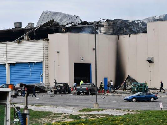 636615713176234420-AP-Plant-Fire-Michigan-MILAN.jpg