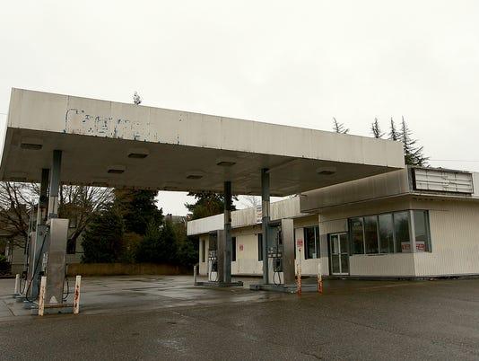 Chevron-Station-6th.JPG