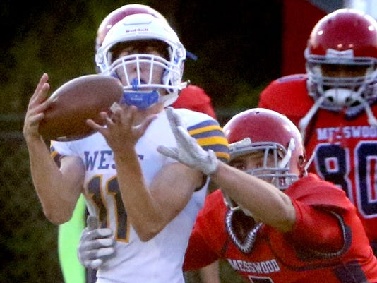 New Berlin West Football at Messmer Shorewood