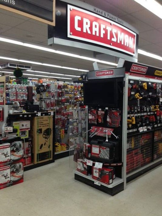 craftsman-tools-display-ace-hardware-source-craftsman_large.jpg