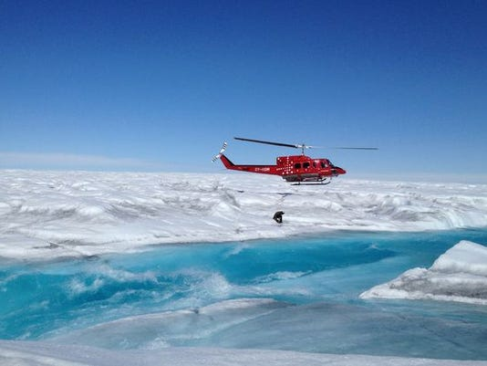 636135000597530641-Copter-over-Greenland-mid.jpg