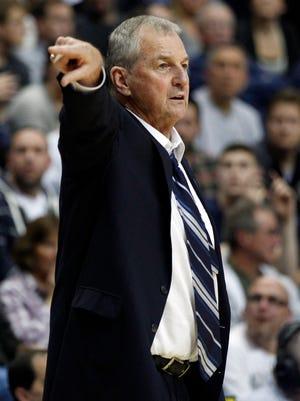 Former Connecticut Huskies head coach Jim Calhoun in 2012.