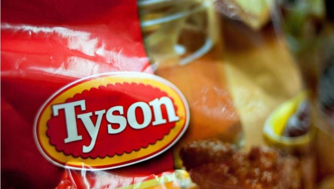 Tyson Foods announced Monday it  will builld a $300 million processing complex that will employ 1,500 people in Humboldt, Tennessee.