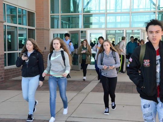 Lakeview High School students begin heading home after
