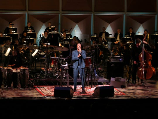 Leslie Odom Jr. performed with 60 members of the Milwaukee