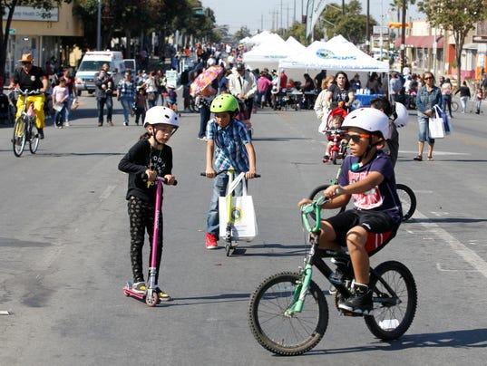 fifth annual Ciclovía Salinas