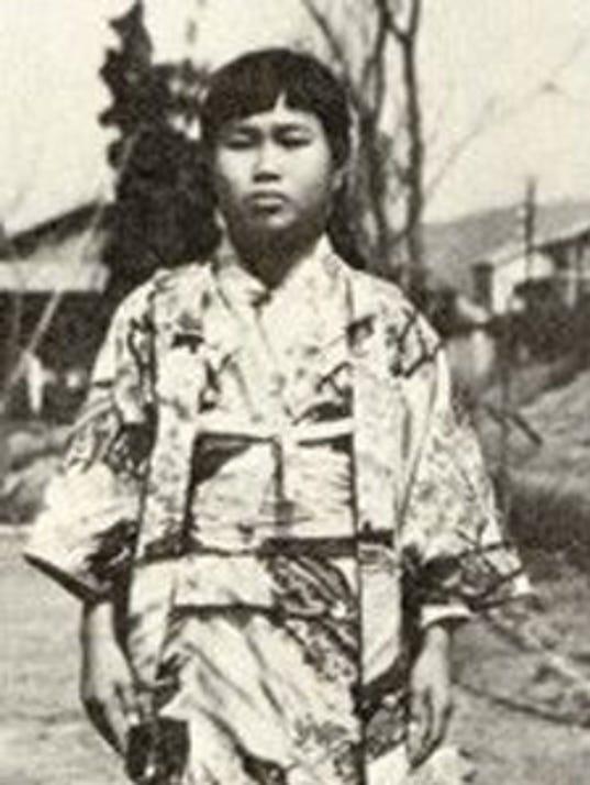 XXX D SADAKO HIROSHIMA 04 01.JPG A FEA
