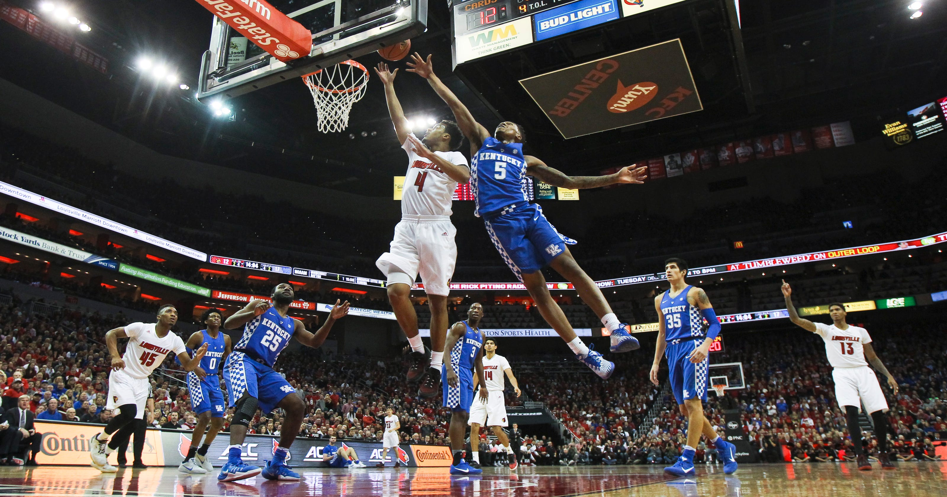 live scores and updates from the kentucky-louisville basketball game