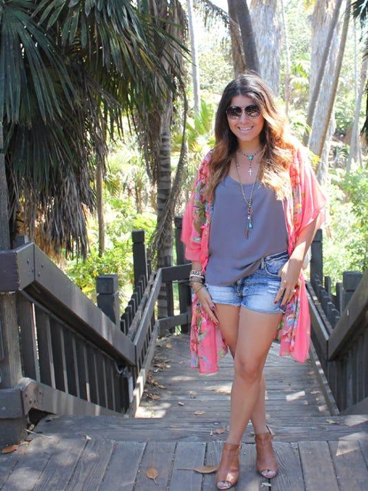 636306239778072518-2-Beach-Wear-to-Day-Wear-in-Balboa-Park-San-Diego-Tiffany-Pinero-Style.jpg
