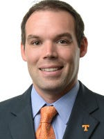 Former UT assistant basketball coach Chris Shumate has been hired at Western Kentucky.