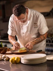 Chef Graham Elliot will headline the Ventura County