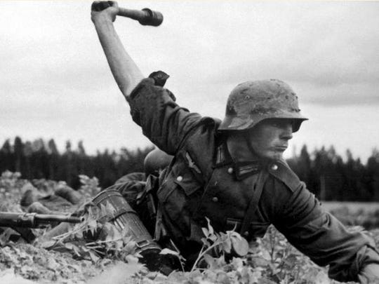 German troops attacking the Russians, 1941.
