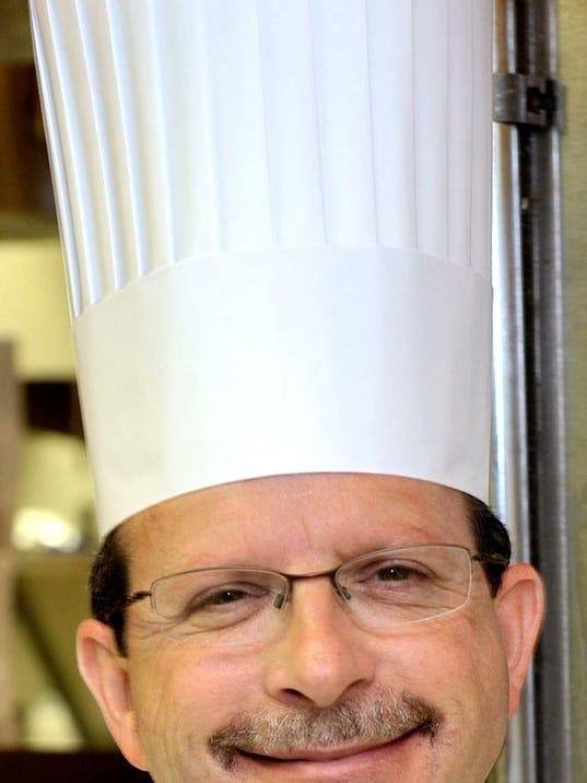 Chef Mark Dixon (Meadowbrook CC)