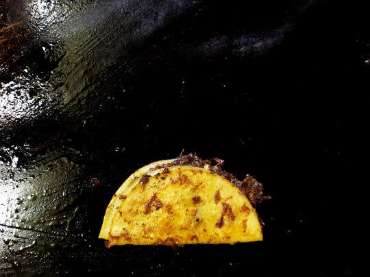 A taco from El Bazar Mexicano #2.