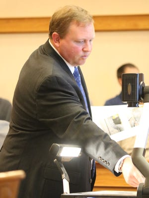 Bryan Davis, a private fire investigator, testifies at trial Thursday that he believes Brad Corbin started the 2015 fire at Sloopy's in Lakeside.