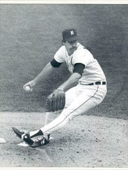 Jack Morris pitching for the Tigers.