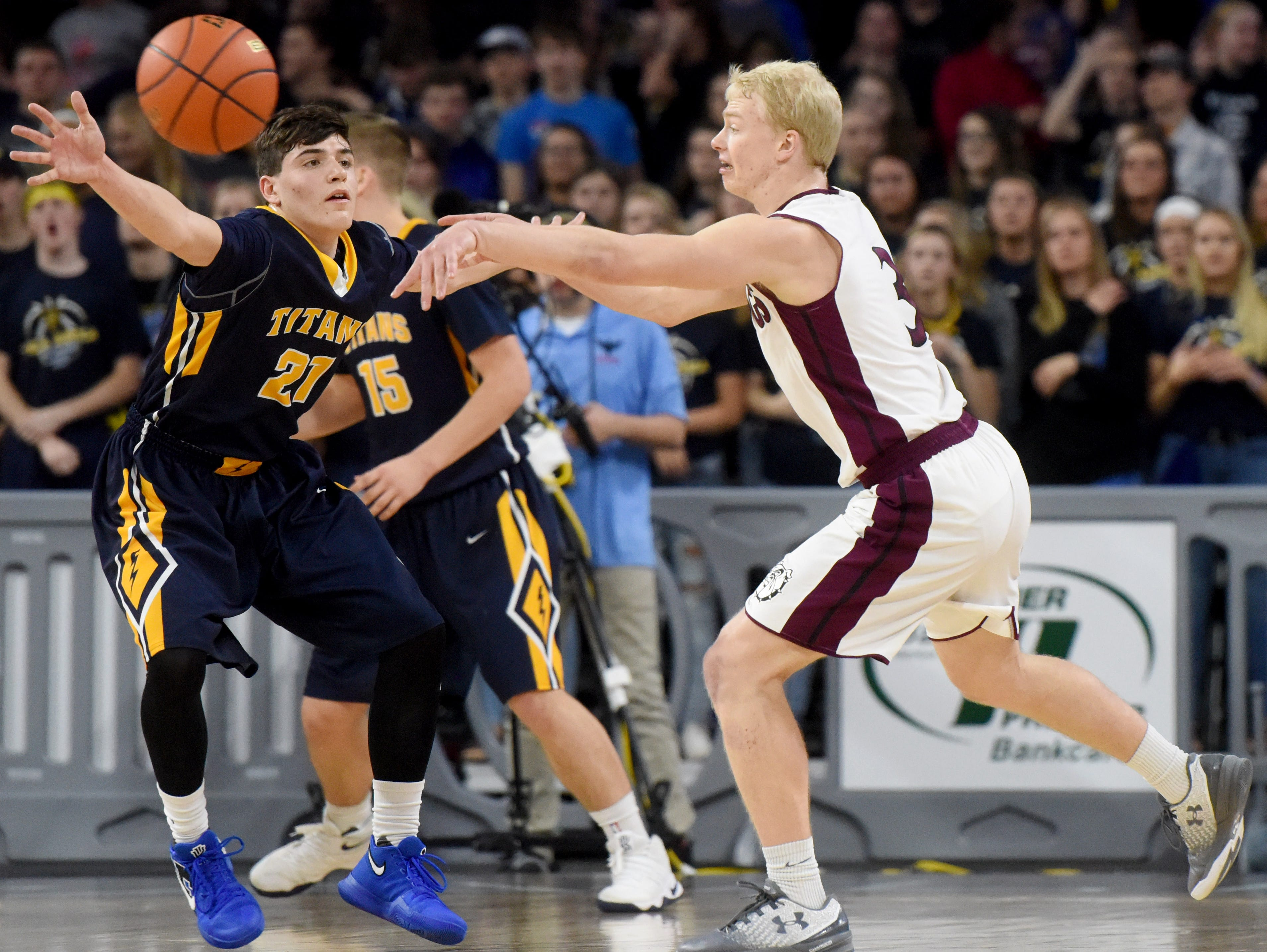 Tea Area vs. Madison during the 2017 SDHSAA Class A boy's basketball championship at the Denny Sanford Premier Center on Saturday, March 18, 2017.