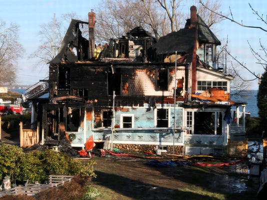 Stamford Christmas 2011 fire