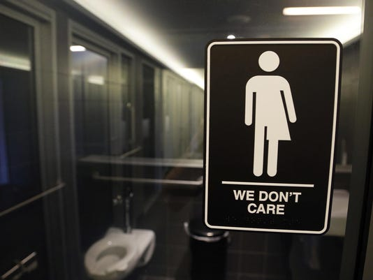 IMG_Transgender_Restroom_3_1_CUM91DO8.jpg_20180625.jpg