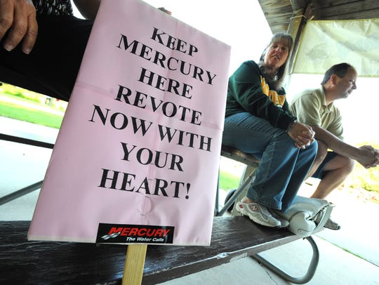Nancy Munson, a Mercury Marine employee, and her husband