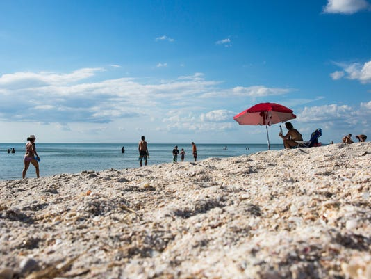 #file Irma Vanderbilt Beach 003