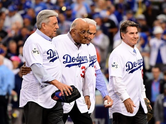 LOS ANGELES, CA - NOVEMBER 01:  Former Dodgers players