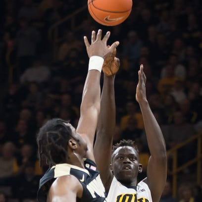 Hawkeyes can lean on well-rested Jok against No. 25 Maryland
