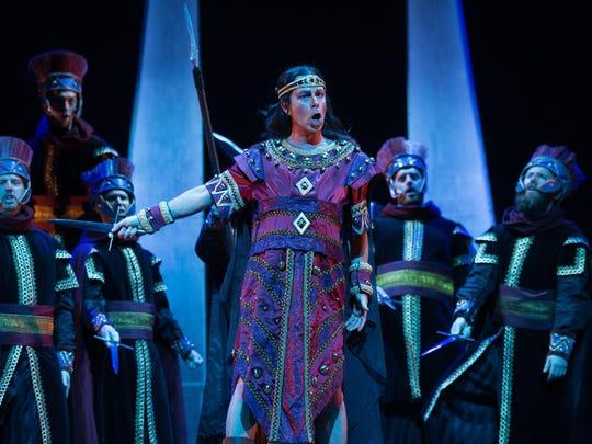 "Daniel Mobbs plays Indian King Idreno in OperaDelaware's""Semirade."""