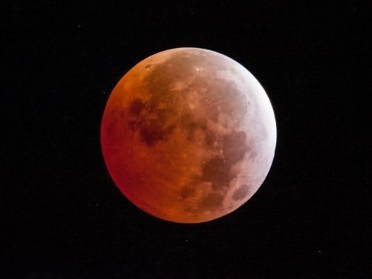 Lunar Eclipse_Drak.jpg