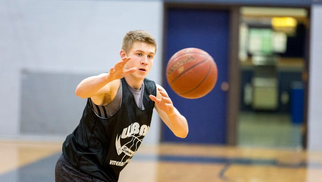 Dons senior, Hunter Schultz, helped the Columbus Catholic Dons end their regular season before heading to the playoffs with a 25-2 record, making it their first WIAA state appearance since 2003.