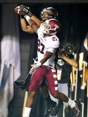 Temple's Anthony Davis (27) breaks up a pass intended for Vanderbilt's C.J. Duncan in the end zone during the fourth quarter Thursday.