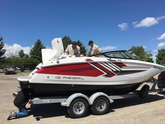 636320260358123520-Boat.jpg