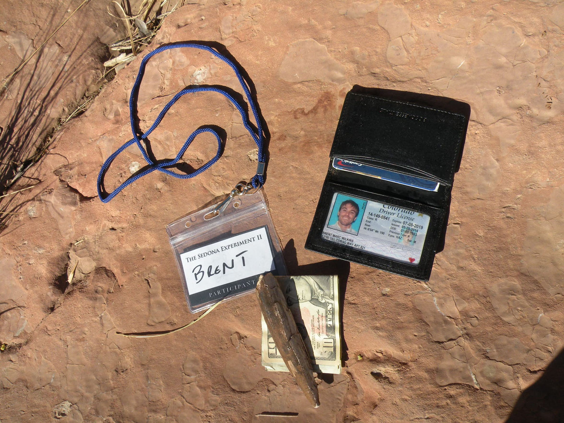 Sedona police emptied Brent's pockets, pulling out