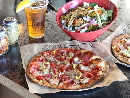 The Arizona-based, fast-casual concept lets diners make pizzas by choosing sauces and cheeses and then adding toppings such as sausage, chicken, artichoke, mushrooms, kalamata olives and jalapeños.