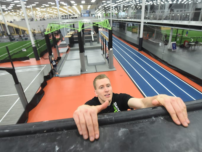 Photos American Ninja Warrior Hails From Red Lion