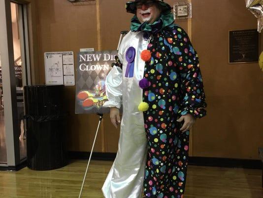 FRM 2 thanksgiving clown