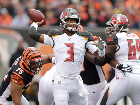 Buccaneers_Bengals_Football_21756.jpg
