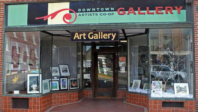 Clarksville's Downtown Artists Co-op will debut its 15th annual Members' Show, entitled Redux: A Retrospective Exhibit, Thursday at 5 p.m.