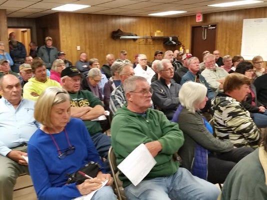 DCA 1112 forestville dam meet crowd