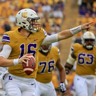 LSU quarterback Danny Etling (16) was victorious in
