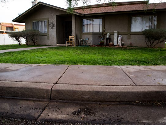 Phoenix police crime-scene response teams finish clearing