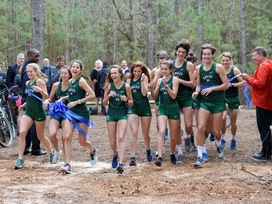 Leon County celebrated the opening of the Leon County Multi-use trail in Northeast Leon County with an inaugural run from the Chiles High School Cross Country team.