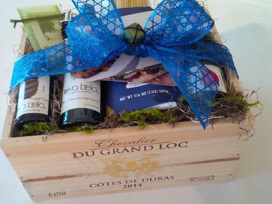 635850870732819055-oliva-bella-gift-box.jpg