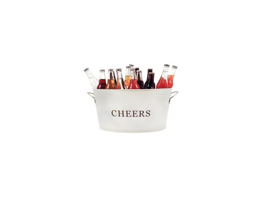 Rustic Farmhouse Galvanized Cheers Tub from Houzz