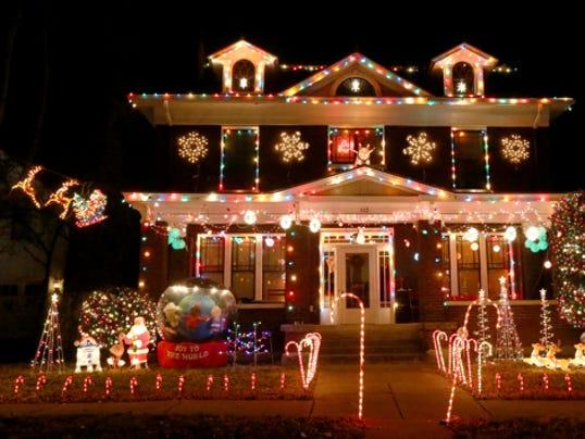 635545204355737442-1-lights
