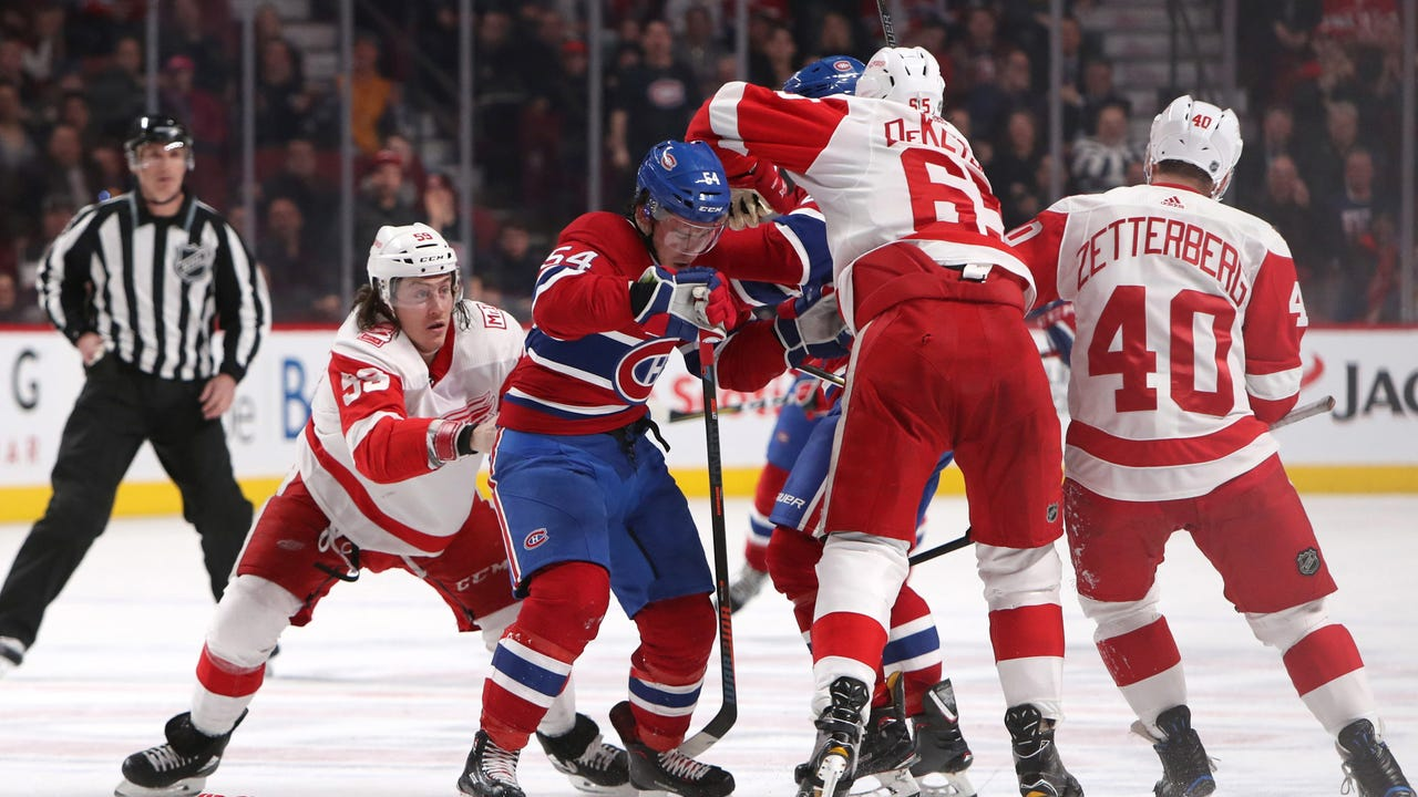Red Wings discuss the game from Tyler Bertuzzi, and coach Jeff Blashill says team has too many passengers in 4-2 loss to Canadiens on Monday, March 26, 2018 in Montreal.