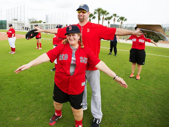 Denise Miller jokes with former Boston Red Sox pitcher