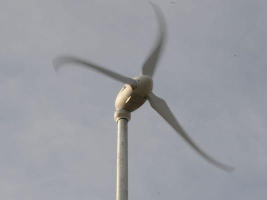 TGD-windmill-120408-5043.jpg_20081204.jpg