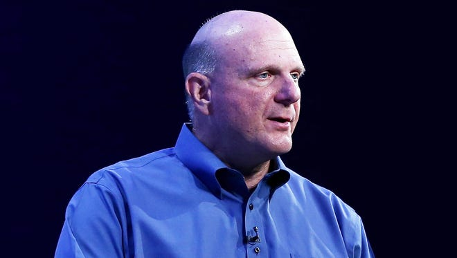 Former Microsoft chief executive has reached a deal to but the Los Angeles Clippers for $2 billion.